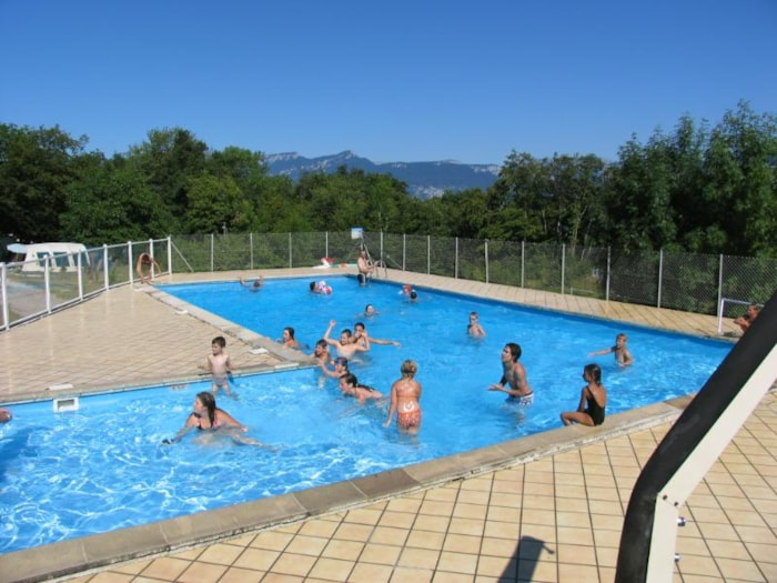 Camping corse du nord avec piscine for Camping beziers avec piscine