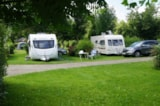 Pitch - Privilege Package (1 tent, caravan or motorhome / 1 car / electricity 10A) + Water point - Flower Camping La Samaritaine