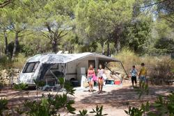 Package 2P RELAX ** : Caravan or Tent / Auto and 10 amp including