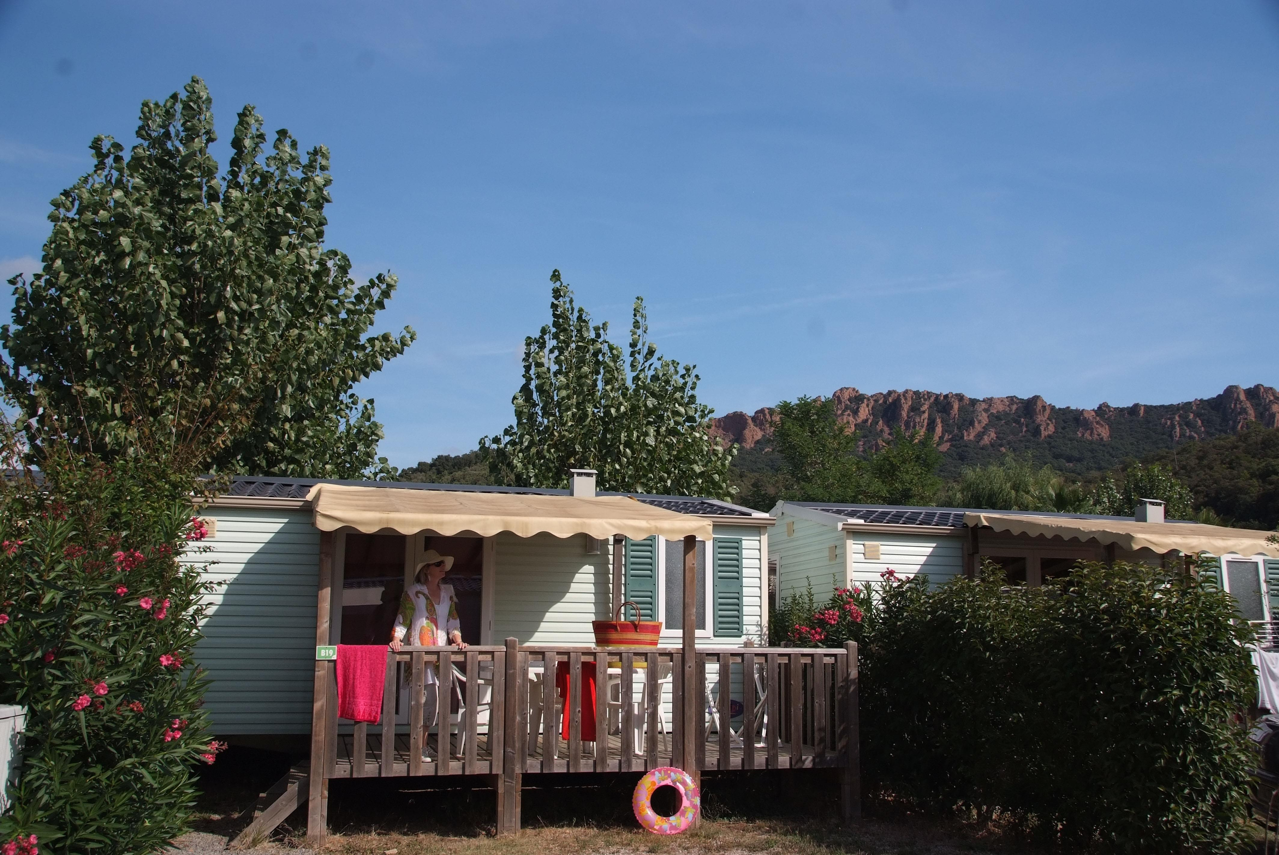 Accommodation - Idaho 4 Pers. + Place Per 1 Vehicule Eco - Camping Les Cigales