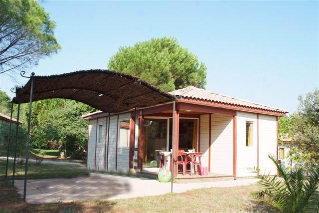 Location - Tulum 6 Pers. + 1 Place Véhicule Eco. - Camping Les Cigales