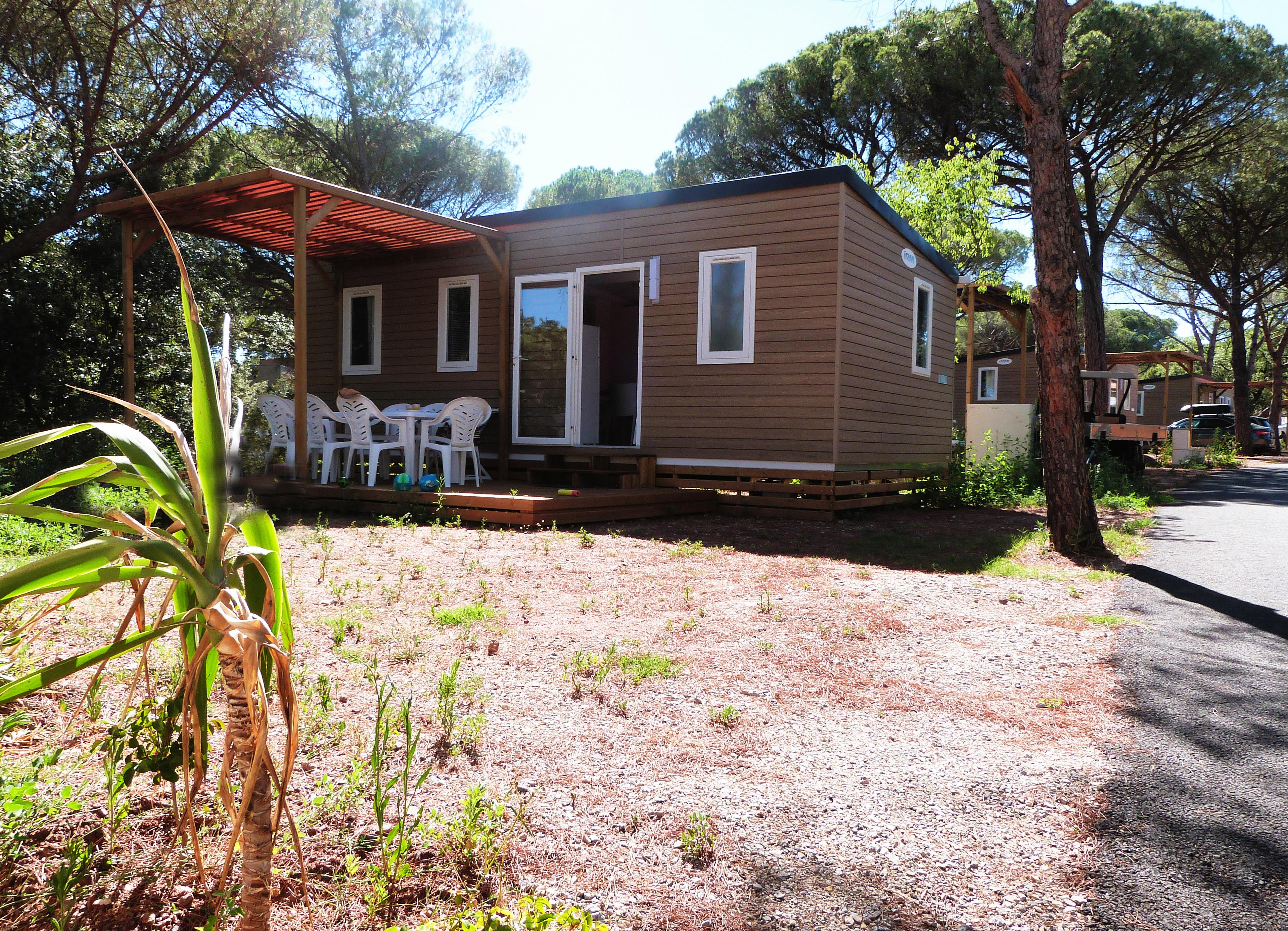 Location - Nevada 8 Pers. + 2 Places Véhicules. Eco - Camping Les Cigales