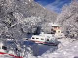 Pitch - Comfort Package (1 Tent, Caravan Or Motorhome / 1 Car / Electricity 5A) - Camping Les Lanchettes