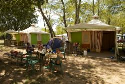 Rental - Canvas Bungalow Trigano - 16M² - 2 Bedrooms - Camping de PEYROCHE
