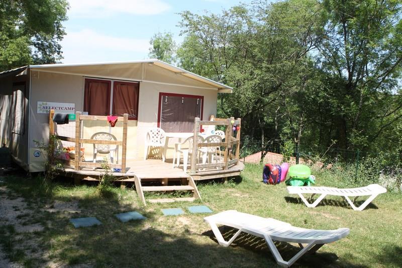 Lodge tent fully equiped 5 persons - Ardèche Camping