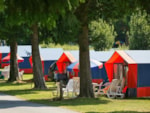 Pitch - Simple Pitch (100sqm) without electric hook up - Castel Les Ormes, Domaine & Resort