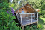Huuraccommodaties - Camping'hut 5 pers. 2 bedrooms 1 shower room - Castel Les Ormes, Domaine & Resort