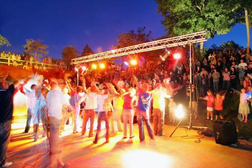 Entertainment organised Castel Les Ormes, Domaine & Resort - DOL DE BRETAGNE