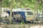 Emplacement STANDARD (moyenne):voiture + tente ou camping-car