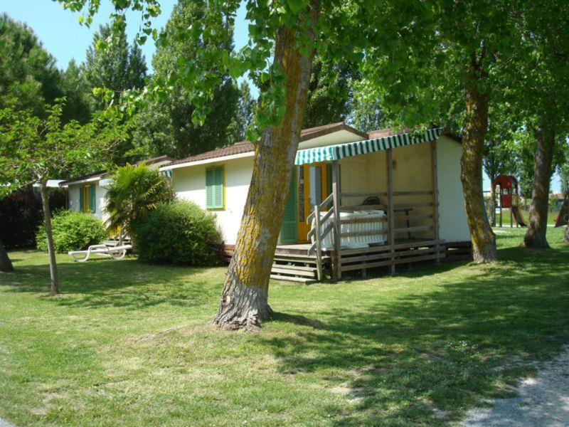 Locatifs - Chalet 1Chambre 2 Pers 34M2 (M) - Camping Airotel Oléron