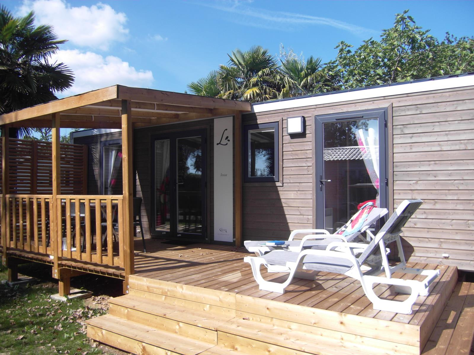 Location - Chalet Iroise 2 Chambres 4Pers Incluse 2 Sdb 2 Wc (M) - Camping Airotel Oléron