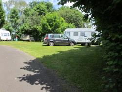 Pitch + 1 vehicle + tent or caravan