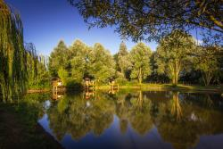 Establishment Sites Et Paysages Camping De L'etang - Brissac