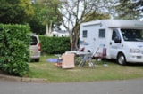 Pitch - Pitch + car + hot showers + electricity 10A - AIROTEL Camping LES RAGUENES PLAGE