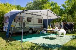 Pitch - Grand Confort Package: Pitch +Electricity +Water And Drainage Point - Camping La Nouzarède