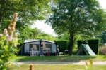 Standpladser - Camping pitch + with electricity - Huttopia Saumur