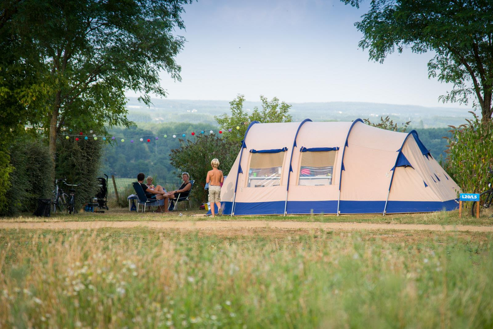 Emplacement - Emplacement Camping Confort - Huttopia Saumur