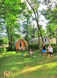 Rental - Coco Sweet CONFORT + 11 m² - 1 bedroom / without toilet blocks (Monday) - Flower Camping LA CHATAIGNERAIE de Sarlat