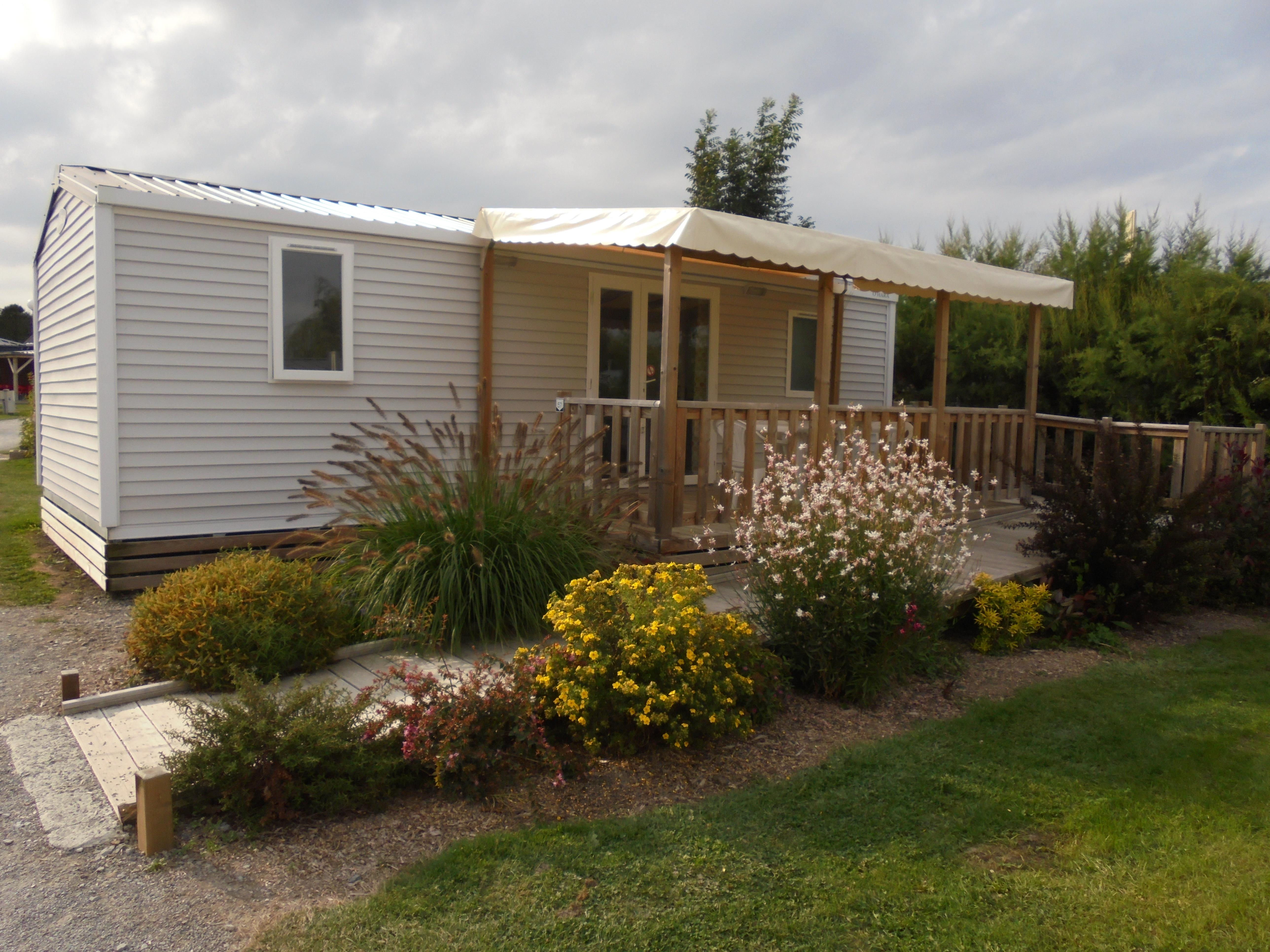 Location - Mobil Home 2 Chambres - Pmr - Camping Aux Pommiers