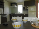 Rental - COTTAGE  FAMILY TV  29.50 m2 3 bedrooms terrace 11.25 m² - Camping LE PANORAMIC