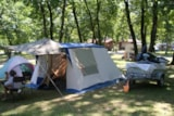Pitch - Comfort Package (1 tent, caravan or motorhome / 1 car / electricity 10A) - Flower Camping Lac du Marandan