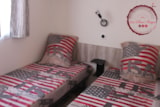 Rental - Mobile home Rubis Premium 32m² (3 bedrooms) + airconditioning + TV + 1 car included - Flower Camping les Chênes Rouges