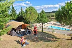 Package ** caravan, camping-car or tent, electricity 10A, 1 car