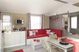 Rental - Mobil home NIRVANA 31m² 2 chambres with TV - Terrasse - Camping La Grande Tortue