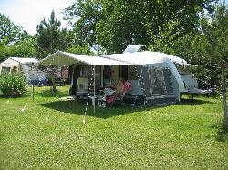 Campingpitch 19€ (only on out of season) inclusive : pitch + electric + 1 or 2 persons
