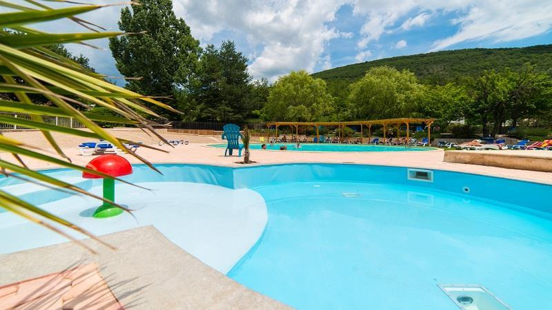 Establishment Camping Naturiste Les Lauzons - Forcalquier