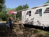 Rental - Mobile home Confort 37 m² - 3 bedrooms / Half-covered terrace - Camping Le Bois Vert