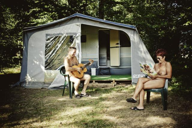 Accommodation - Caravan - Creuse Nature Naturisme