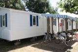 Rental - Mobil Home luxury (2 bedrooms) 5/6 pers. - Camping Les Romarins