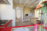 Rental - Chalet JACINTHE confort+ 30m² 2 bedrooms + sheltered terrace - Camping Le Moteno