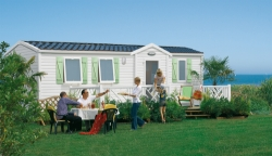 Mobile home Super Titania 35m² / 3 bedrooms - Half-covered terrace