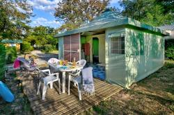 Accommodation - Funflower Bungalow Confort 25M²  (2 Bedrooms) - Flower Camping La Chataigneraie