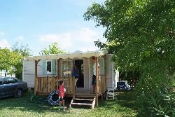 Rental - Mobile Home Cerise 2 Bedrooms / Wooden Terrace / Air-Conditioning (Year 2010) - Camping Le Soleil Fruité
