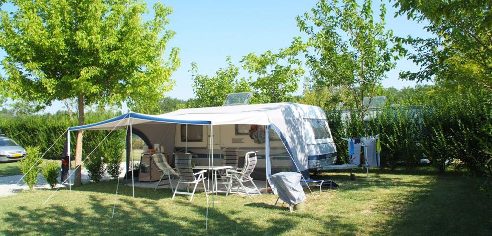 Big pitch 100m²  car - tent or caravan - camping-car