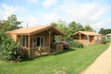 Rental - Chalet Prestige Premium 24M² 2 Bedrooms + Sheltered Terrace - Flower CAMPING LA BRETONNIERE