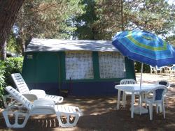 BUNGALOW TENT 20 m² - 4 Beds + 1 extra person - garden
