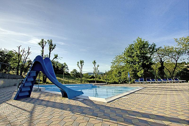 Bathing Camping Village Il Poggetto - Troghi - Firenze