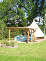 Huuraccommodaties - Bungalow tent Tipi 18m² - Camping Le Val Saint Jean