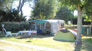Comfort Package (1 Tent, Caravan Or Motorhome / 1 Car / Electricity 10A)