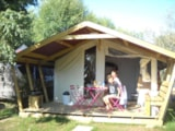 Rental - Tente Lodge Reeflower Confort + 28M² (2 Bedrooms) Sheltered Terrace - Flower Camping les Genêts