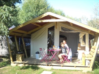 Tente Lodge Reeflower Confort + 28M² (2 Bedrooms) Sheltered Terrace