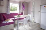 Rental - Mobile home Ile Confort +  30m² (2 bedrooms) + sheltered terrace - Flower Camping les Genêts