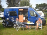 Pitch - Nature Package (1 tent, caravan or motorhome / 1 car) - Flower Camping les Genêts