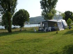 Pitch - Package Privilège, By The River, With Electricity - Camping Ile de la Comtesse