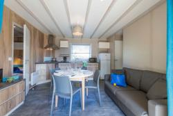 Accommodation - Chalet Navire 3 Bedrooms - Camping Ile de la Comtesse