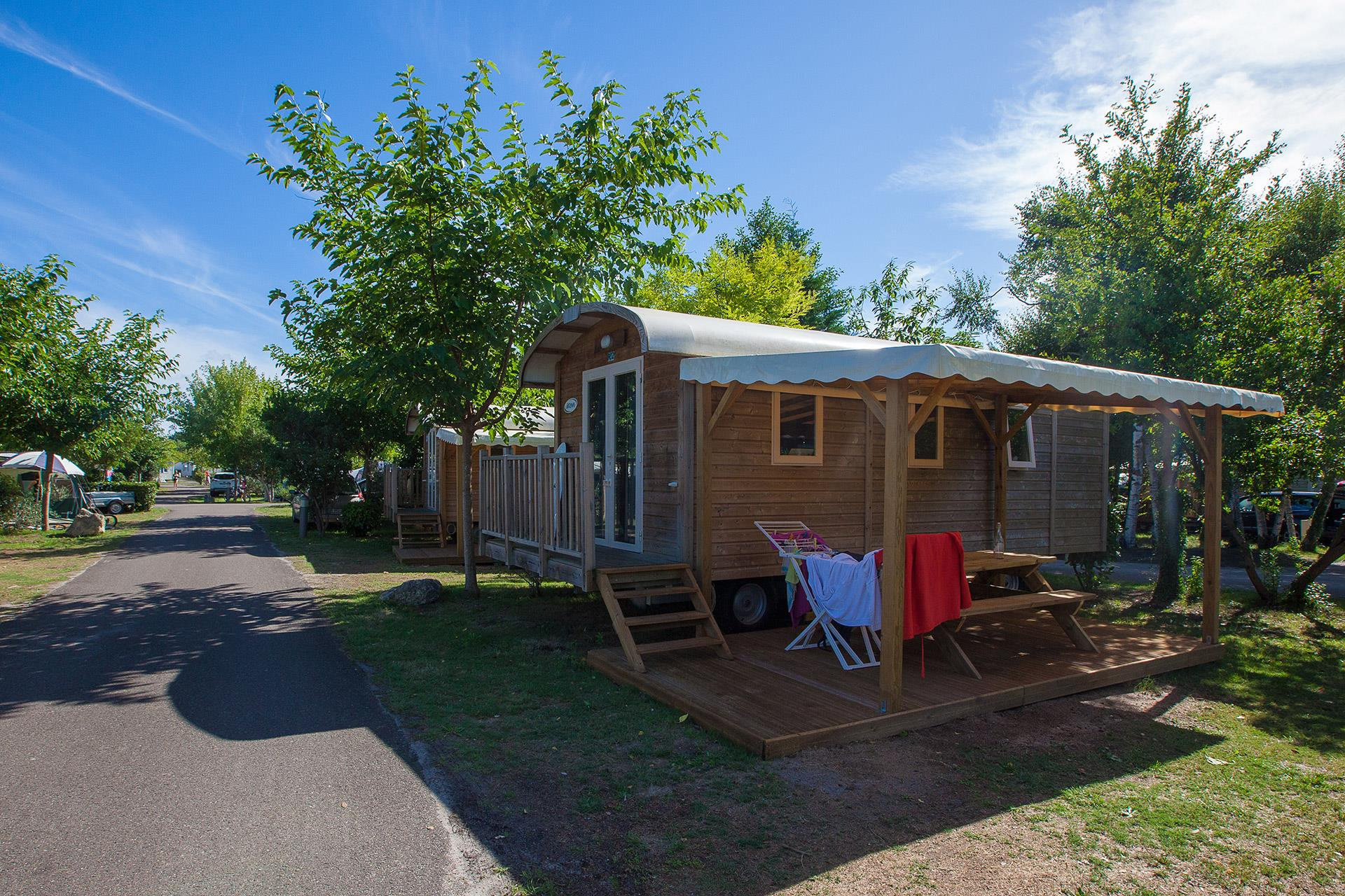 Location - Roulotte 2 Chambres Insolite - Camping Sandaya Sanguinet Plage